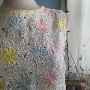 ⛏Vintage💋Pretty Little White Floral Shift Dress
